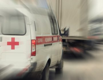 The constitutional principle of voluntary action of citizens can justify the granting, without competition, of emergency medical transport services in certain conditions