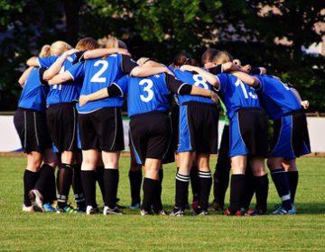 Ce qu'il faudrait faire pour rendre attrayant le football féminin en France